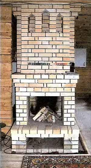 Двухэтажная печь-камин.